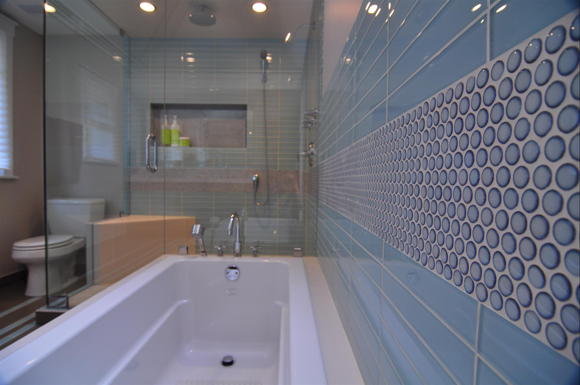 Blue tile and Accent Tile in an Evanston Bathroom Remodel. | Stratagem