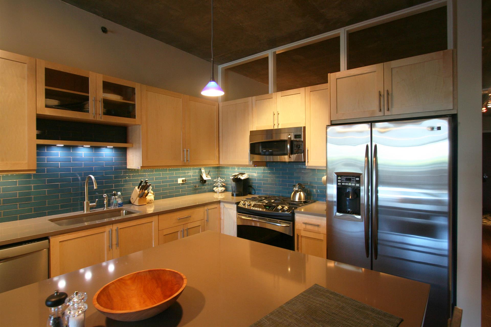 EFFICIENT, HASSLE FREE HOME REMODELING FROM DESIGN THROUGH CONSTRUCTION  Call Today: 312 274 2480
